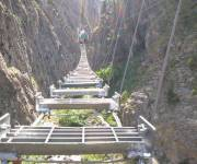piemonte_cesana_ponte_tibetano_davicino