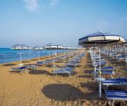 hotel_club_marispica_spiaggia
