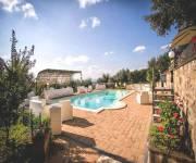 agriturismo-villa-rosy-vista-piscina